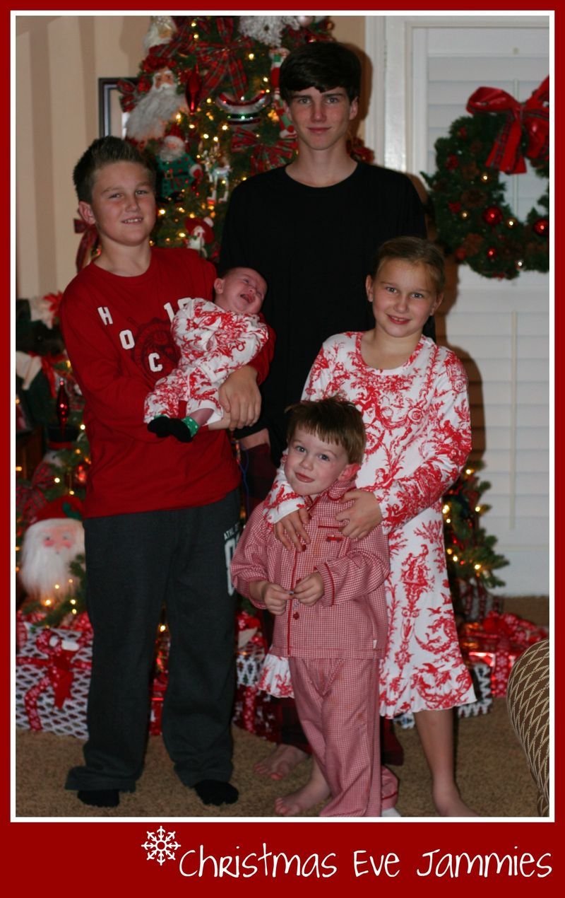 Xmas Eve Jammies 2010